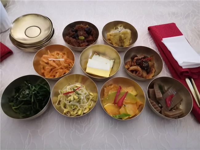 特色铜碗皇帝餐